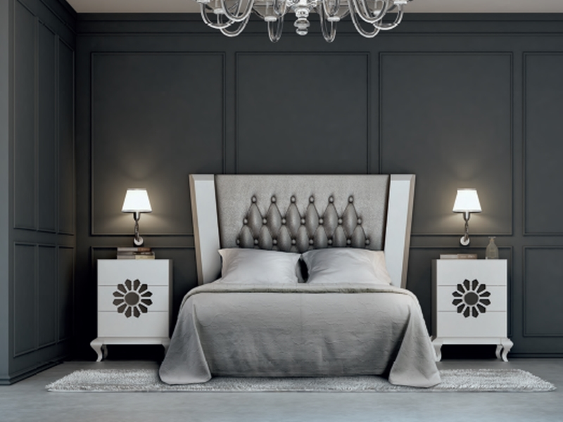 chambre en laqu blanc avec t te de lit inclin e tapiss e. Black Bedroom Furniture Sets. Home Design Ideas