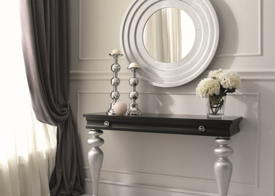 Set of lacquered console and mirror. Mod: EMBASSY