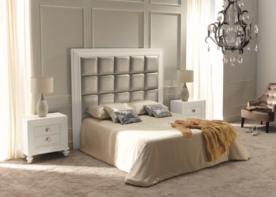 Lacquered bedroom  with upholstered headboard . Mod. 22