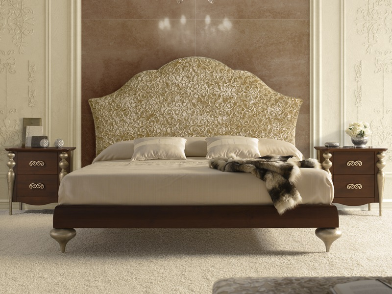 chambre avec t te de lit garnie en tissu 52a et teinte en. Black Bedroom Furniture Sets. Home Design Ideas
