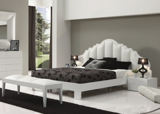Bedroom with uphosltered headboard. Mod. BELLUCI BIANCO