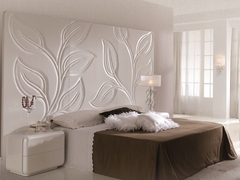 chambre avec t te de lit murale en blanc nacr avec feuilles sculpt e la main mod hojas mural. Black Bedroom Furniture Sets. Home Design Ideas