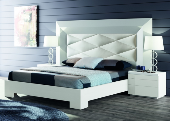 Bedroom with upholstered headboard. Mod. GORDON BLANCO