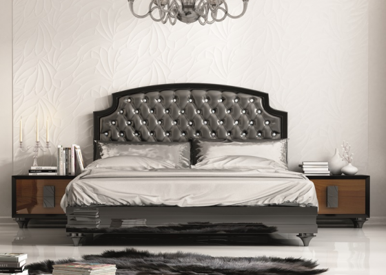 Bedroom with upholstered headboard. Mod. MALAK