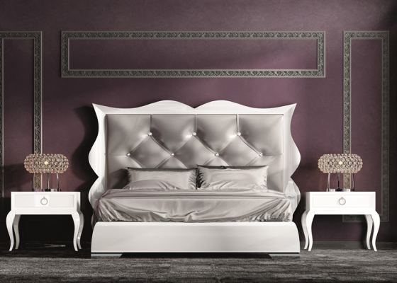 Bedroom with upholstered headboard. Mod. HANA