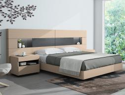 Bedroom with extra long headboard in oak wood. Mod. HABANA