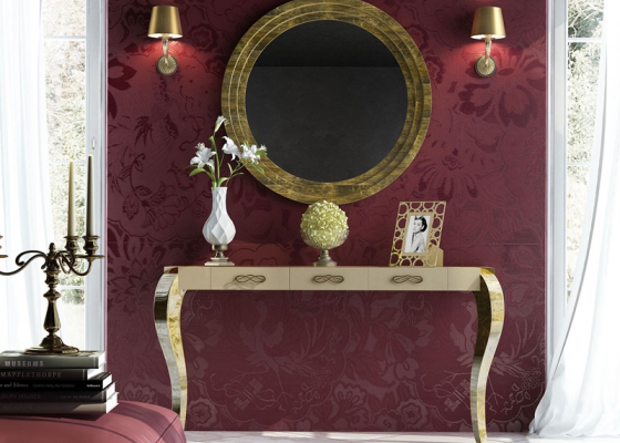 Set of lacquered console with chippendale legs and round mirror. Mod: SOCIETÉ