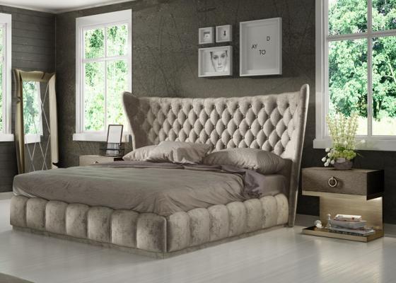 Upholstered room in oak wood. Mod: SASHA