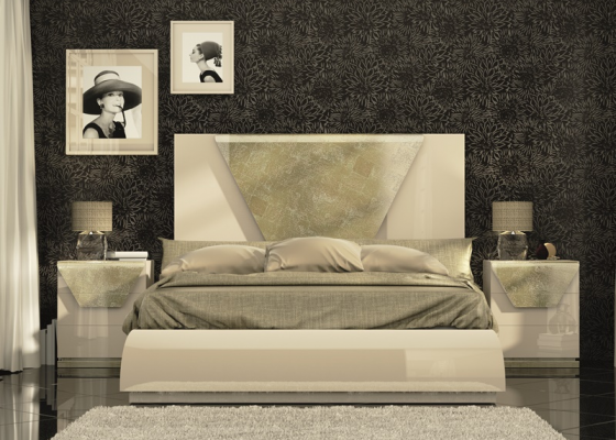 Lacquered bedroom with champagne leaf detail. Mod. ANISA