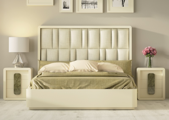 Design bedroom upholstered  with lacquered bed frame.Mod: GLASS