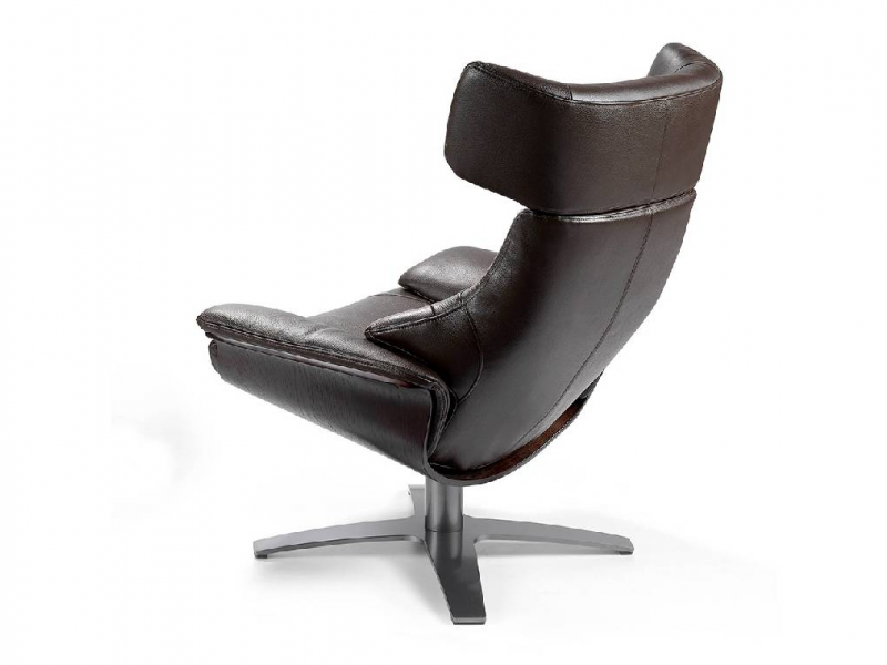 Set of swivel and relax armchair and pouf. Mod: CAPRICORNE