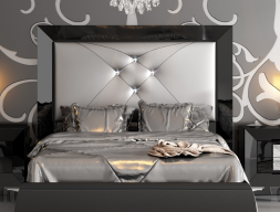 Lacquered  and upholstered headboard. Mod. KOR 54229