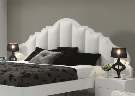 Lacquered headboard. Mod. BELLUCI BIANCO