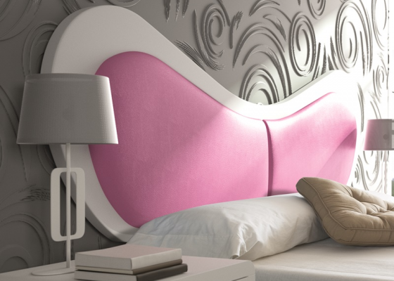 Lacquered and upholstered headboard. Mod. SCARLETT