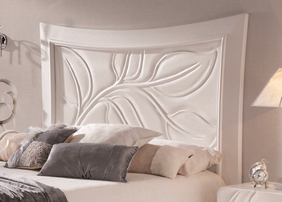 Lacquered headboard. Mod. HOJAS239H