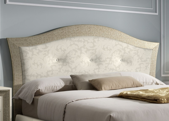 Lacquered headboard with upholstery. Mod. GA1351