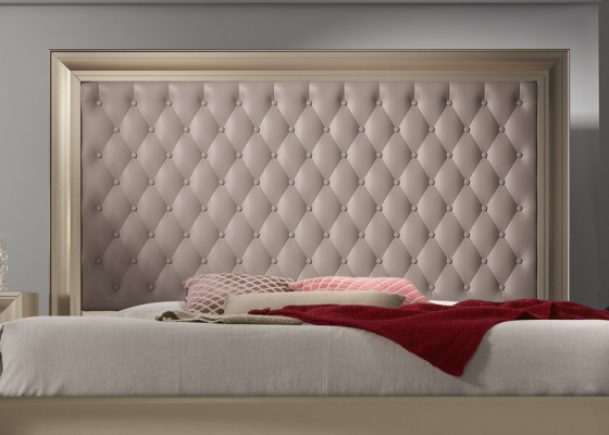 Lacquered and upholstered headboard. Mod. GA1355