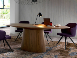 Oval dining table, mod: LEON