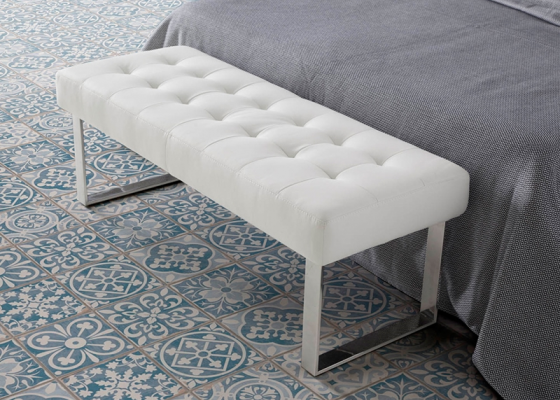 Upholstered bench stool. Mod. BEA
