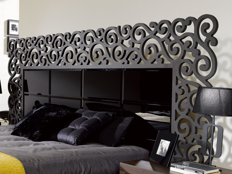 t te de lit laqu e avec verre biseaut mod cassandra. Black Bedroom Furniture Sets. Home Design Ideas