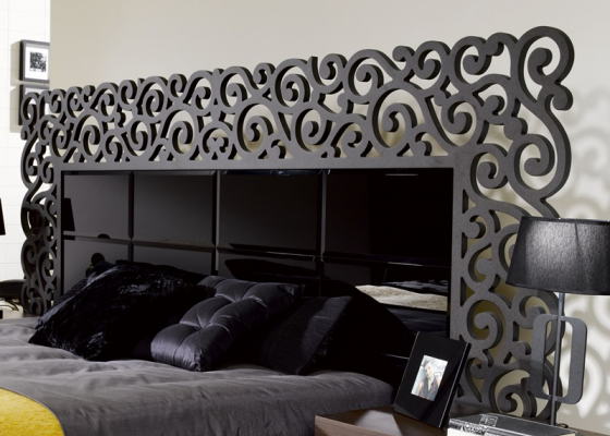 Lacquered headboard with beveled glass. Mod. CASSANDRA