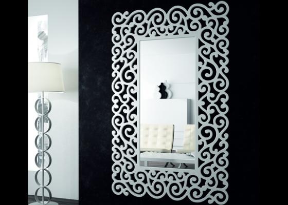 Lacquered dressing mirror. Mod. SANDRA ALTO
