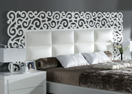 Lacquered and upholstered headboard. Mod. CASSANDRA  BLANCO