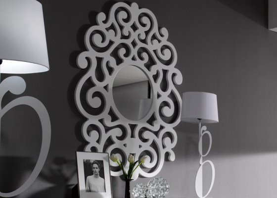 Lacquered and openwork mirror. Mod. ROMA