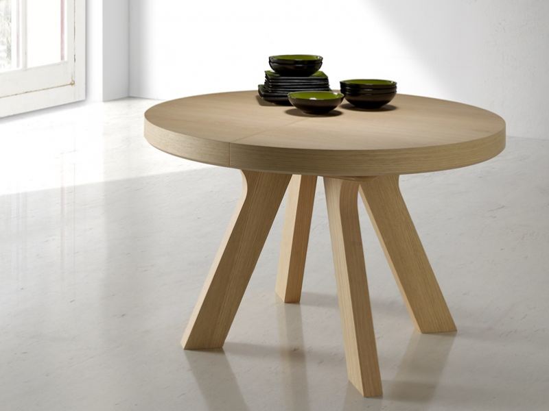 Extensible round dining table. Mod. ESFERA