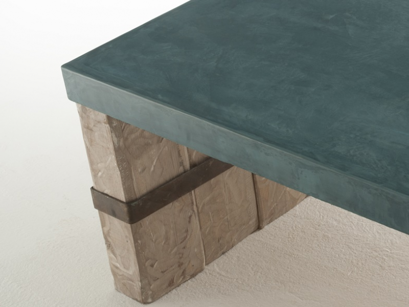 Low coffee table. Mod. MARSELLA