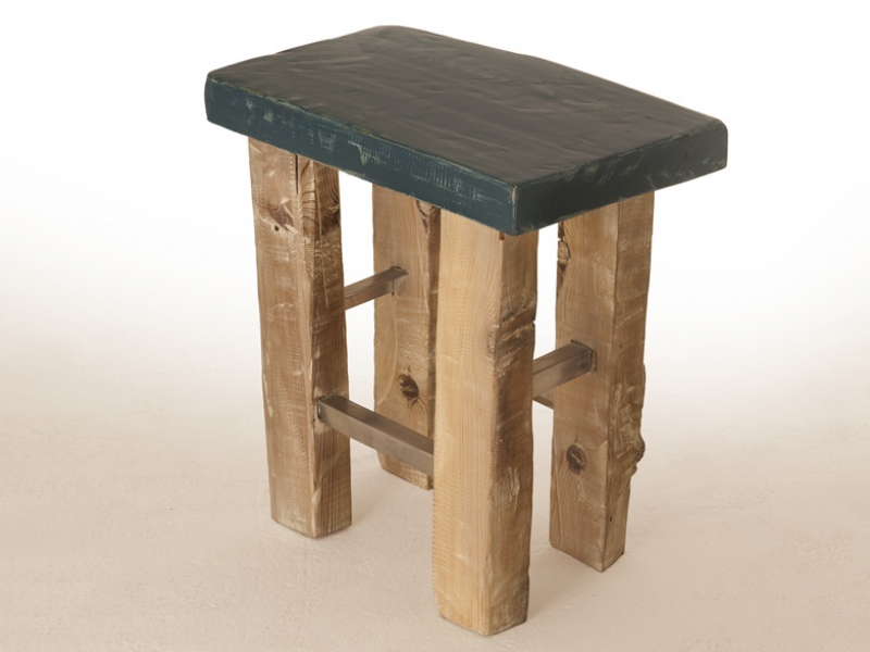 Solid wood stool. Mod. OSLO