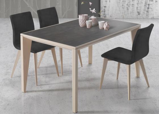 Mesa de comedor extensible con tapa cer�mica, mod: IO