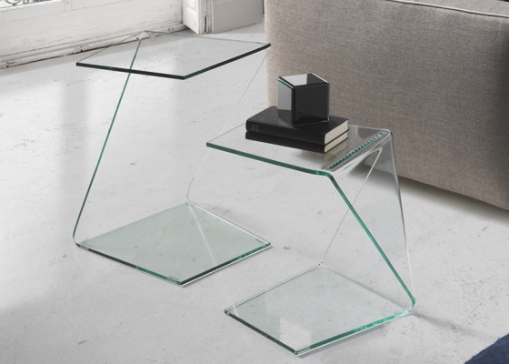 Set of low tables in transparent tempered glass. Mod. BARUC