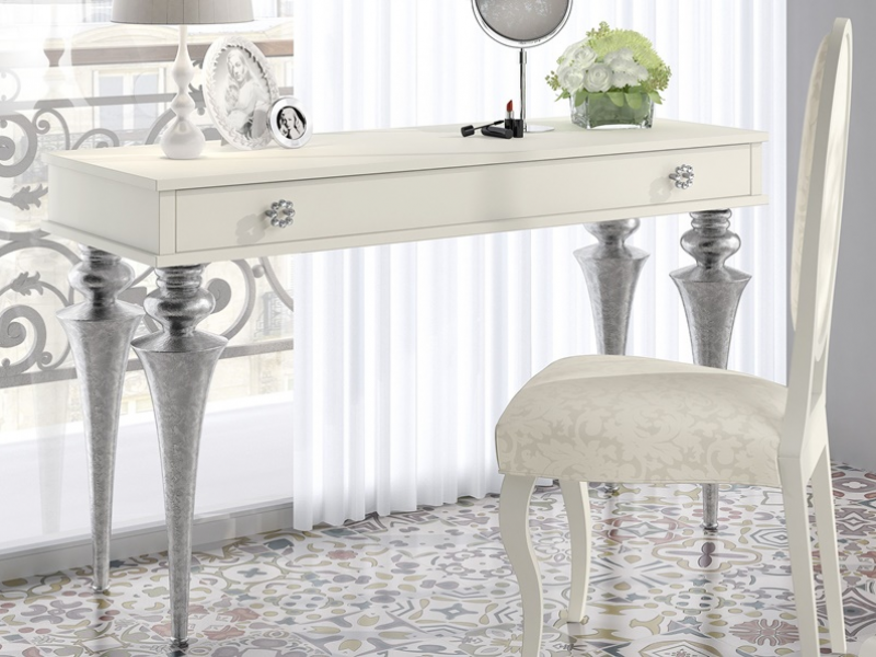 Lacquered vanity table. Mod.GA1320