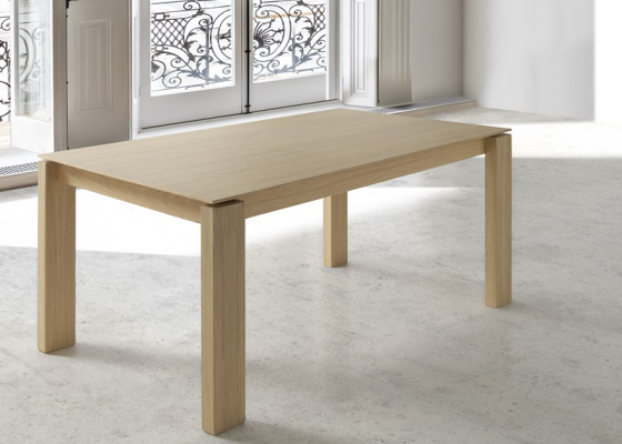 Extensible dining table. Mod. METRO