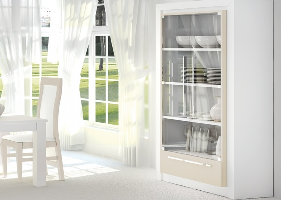 Lacquered cabinet .Mod: TERZO