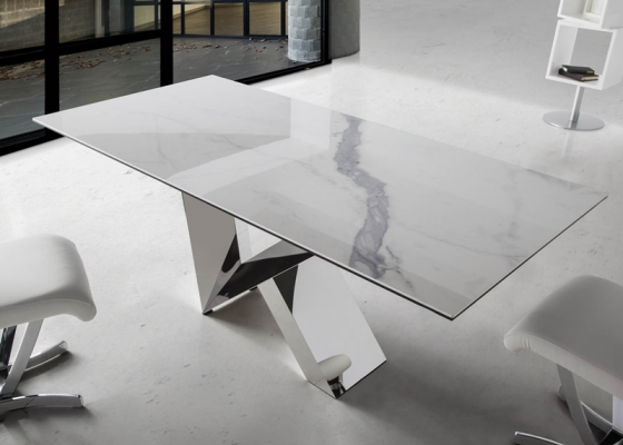 Dining table, mod: MARMOL