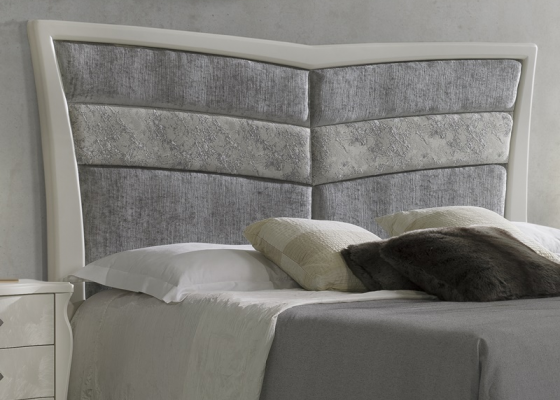 Upholstered and lacquered headboard. Mod. ALADA TP