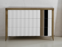 Chest of 3 drawers. Mod. VIENA