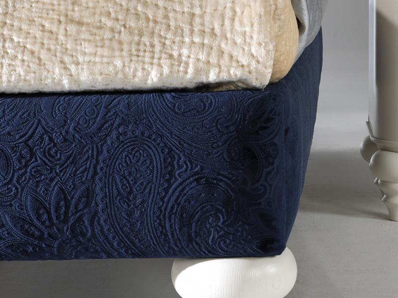 Upholstered bed frame . Mod. SYROS