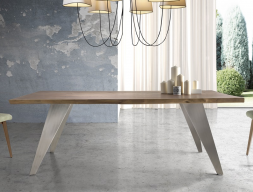 Dining table. Mod: NOSTOS