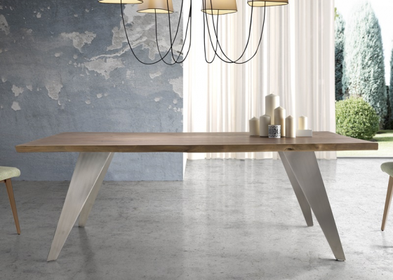 Dining table. Mod: SERENO