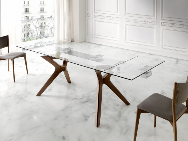 Extendable dining table. Mod. LIDIVINA