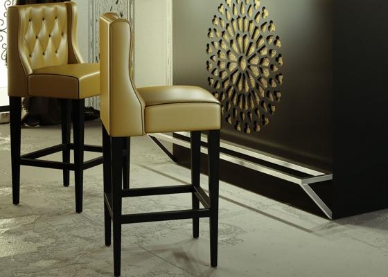 Set of 2 upholstered stools. Mod. RUEDA