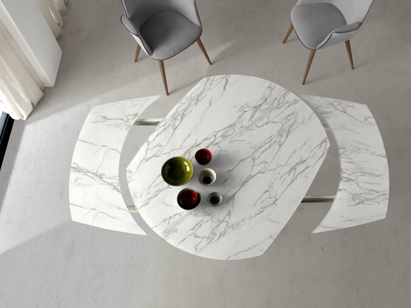 Extendable dining table. Mod. JESCA C