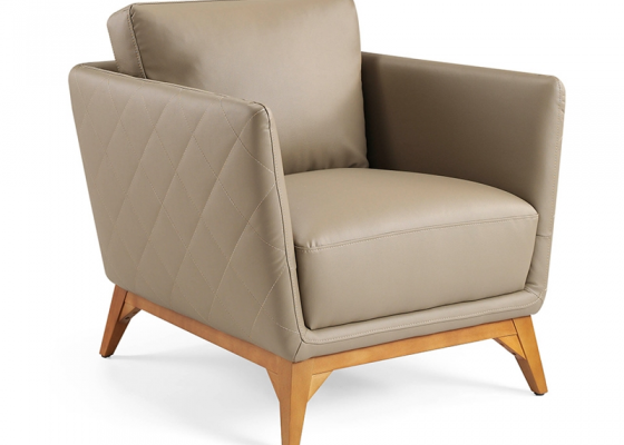 Leather upholstered armchair . Mod. ANTONELLA