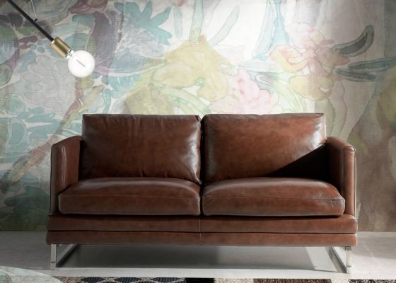 2 seater sofa upholstered with leather. Mod. BIANCA 2P