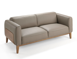 3 seater sofa upholstered with leather. Mod. TRAVIATA 3P