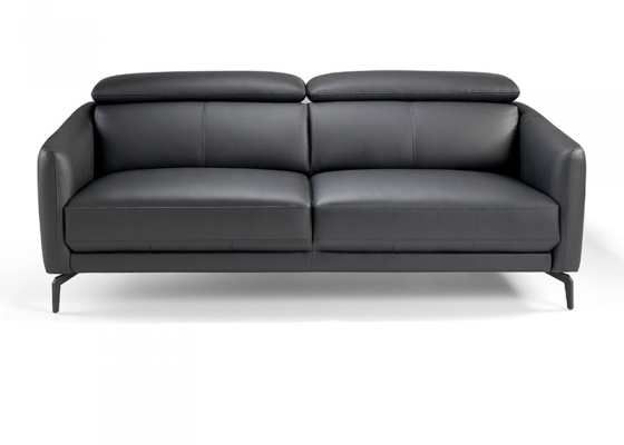 3 seater sofa upholstered with leather. Mod. CAELI 3P