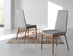 Set of 2 upholstered chairs. Mod. DAMA